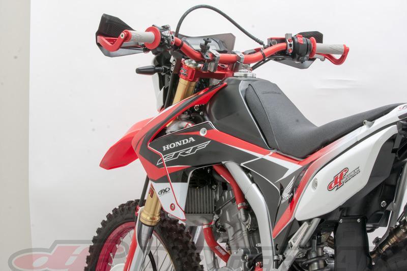 LA MOTO¡¡ Esto es lo que busco¡¡M1NSK TRX 300i Pz04